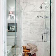 淡雅型卫生间瓷砖