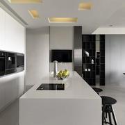 三室两厅厨房设计