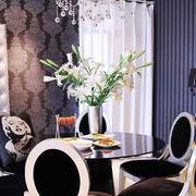 三室两厅桌子设计