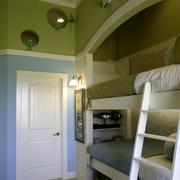 卧室高低床设计