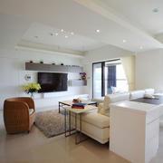 白色简约型别墅图片