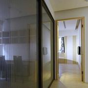 三室一厅走廊图片