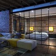 三室两厅玻璃墙设计