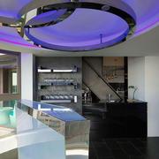紫色调单身公寓吊顶