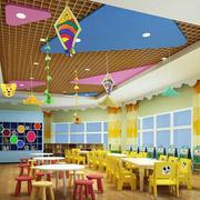 彩色调幼儿园教室墙面