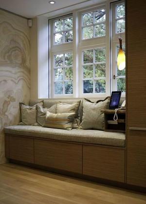 心里头美滋滋:欧式客厅飘窗设计装修效果图鉴赏