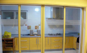 厨房客厅的分界线:厨房推拉门效果图