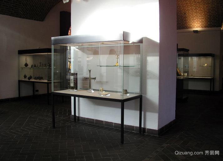 文物的保护膜:博物馆展柜装修效果图
