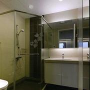三室一厅卫生间
