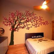 暖色调墙贴设计