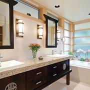 暖色调卫生间瓷砖