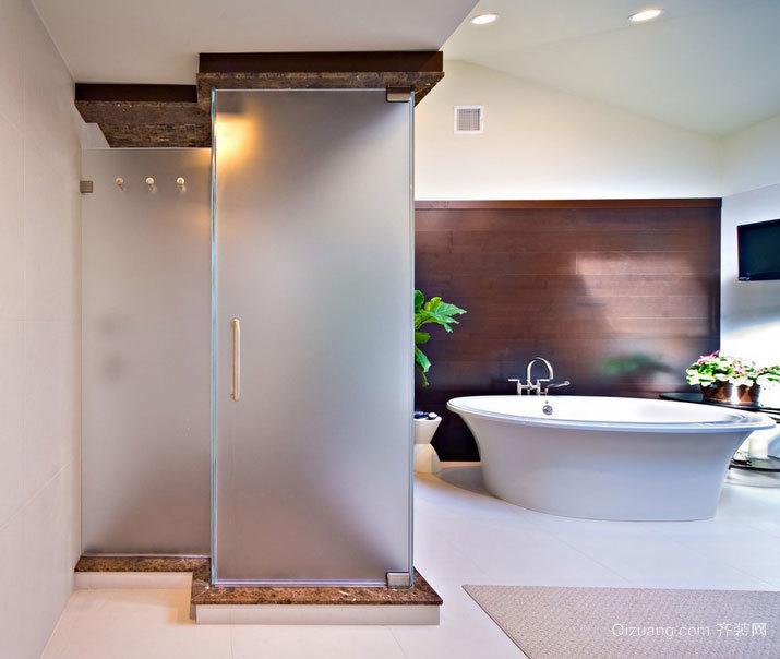 小户型豪华卫生间玻璃门安装效果图欣赏