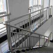 光滑型楼梯扶手装修