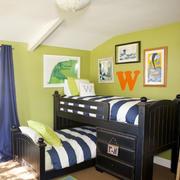 青色调高低床设计