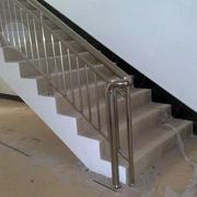 不生锈楼梯扶手装修