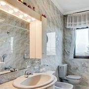 卫生间窗户设计