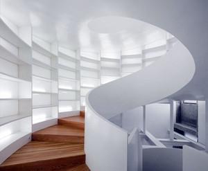 家庭小仓库:斜顶阁楼楼梯装修效果图