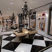现代创意服装店