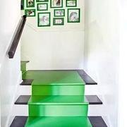 青色调楼梯装修