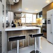 现代创意型厨房装修