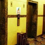 唯美型电梯效果图