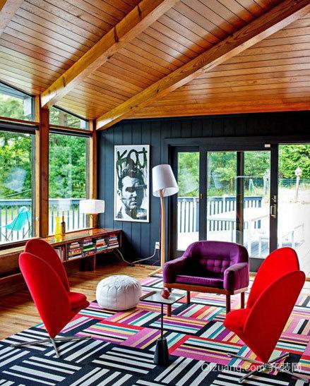 予人以舒适环保感觉的木屋别墅生态木吊顶装修效果图