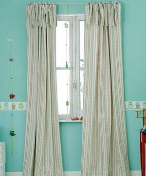 专业防阳光:适用型别墅窗帘效果图