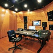 录音棚灯光设计