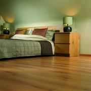 阁楼床铺装修