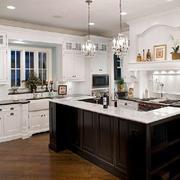 欧式简约风格厨房整体橱柜装饰