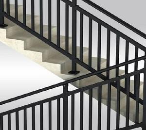 色泽不错的不锈钢楼梯扶手装修效果图