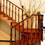 棕色楼梯装修
