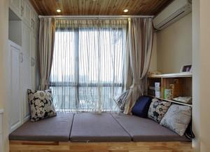 卧室榻榻米床设计