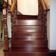 实木楼梯装修
