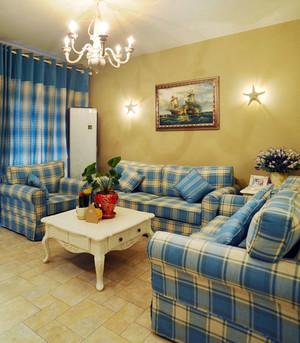 婚房简约风格客厅沙发装饰