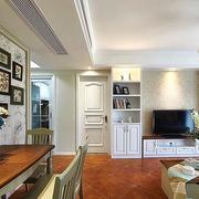 家装简约风格室内照片墙装饰