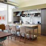 后现代风格厨房餐桌装饰
