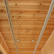客厅桑拿板吊顶设计