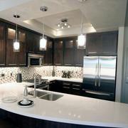 自然风格厨房吧台