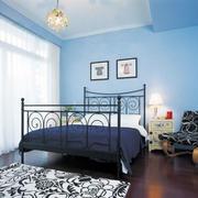 卧室大铁床
