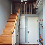 三室一厅楼梯效果图