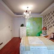 现代简约风格婚房卧室装修