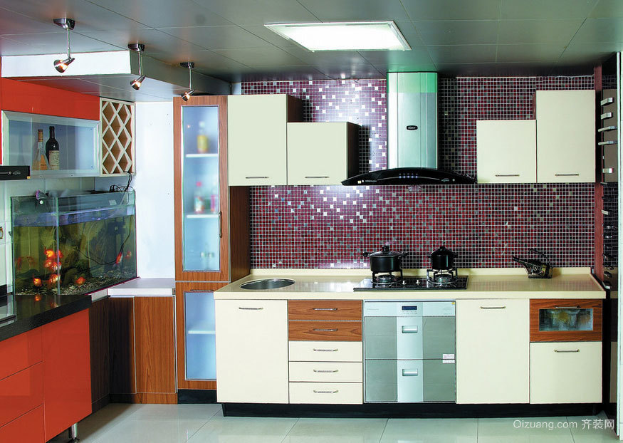 环保无污染、坚固耐用:大户型整体厨柜装修效果图实例鉴赏