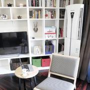 两室一厅客厅简约电视柜装饰