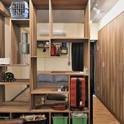 简约风格原木浅色整体式置物架装饰