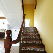 地中海深色系楼梯装饰