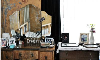 化妆品的集结地:时尚梳妆台装修效果图
