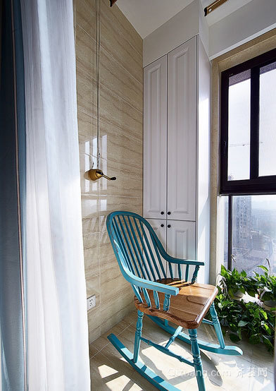邂逅阳光 简约实用阳台装修设计效果图
