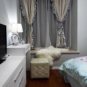 欧式花边卧室窗帘设计