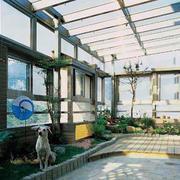 简约风格露台玻璃挡板装饰